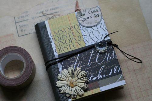 手のひらサイズのMINIBOOK「コラージュ」